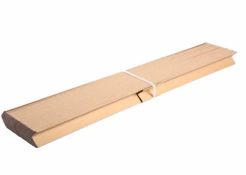 可组合式环保型瓦楞纸托盘的制作方法